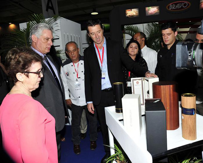 Cumple Díaz-Canel intensa agenda de trabajo en la capital