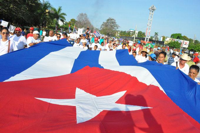 Refrendan granmenses compromiso de fidelidad a la Revolución (+ fotos, audio y video)