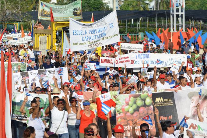 Primero de Mayo: Gigantesca movilización de pueblo (cobertura en vivo + streaming)