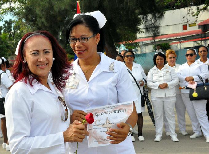 Desarrollan en Granma Jornada por el Día Internacional de la Enfermería (+ fotos)