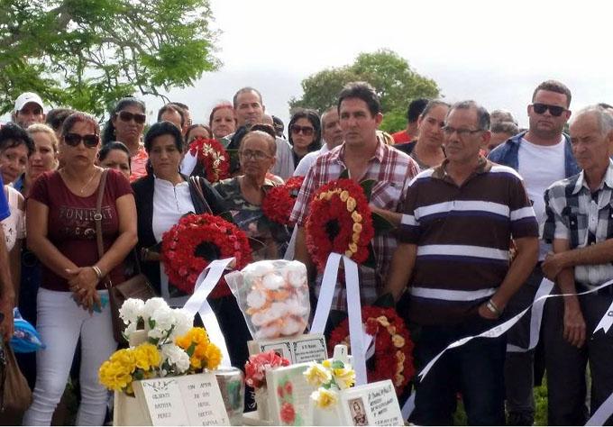 Aumenta llegada a Holguín de víctimas del accidente aéreo (+ fotos)