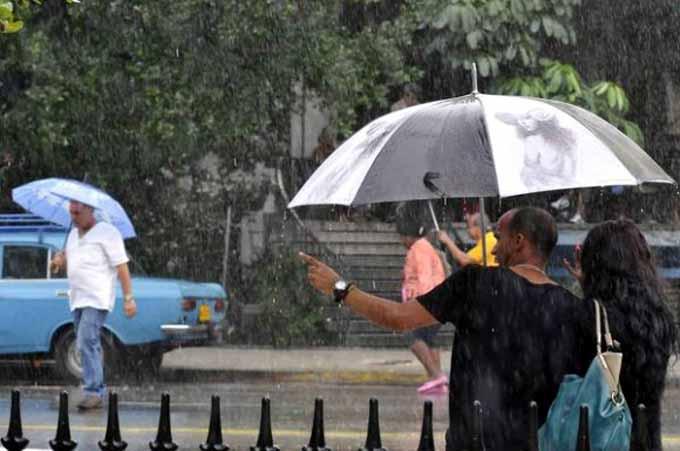Aviso de alerta temprana por intensas lluvias