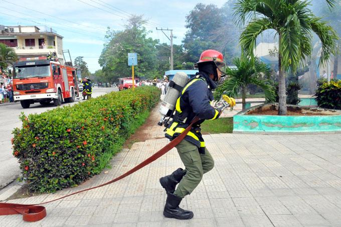 Inicia semana de protección contra incendios (+ fotos)