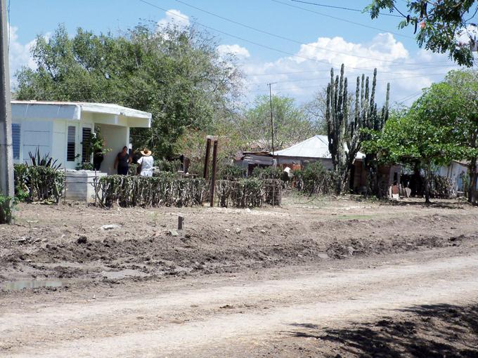 Concluye montaje de planta desaladora de agua en Cauto Cristo
