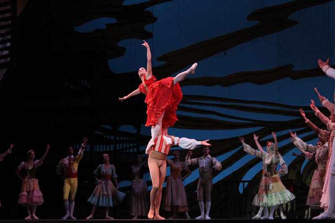 Alicia Alonso y ballet cubano desatan torrente de aplausos en EE.UU.