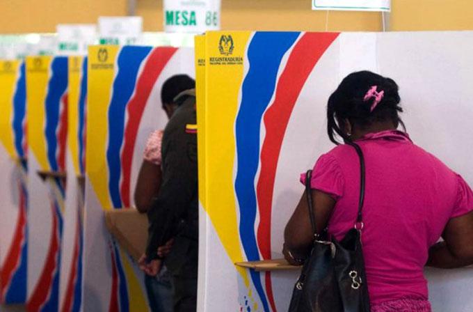 Chispas en debate presidencial en Colombia