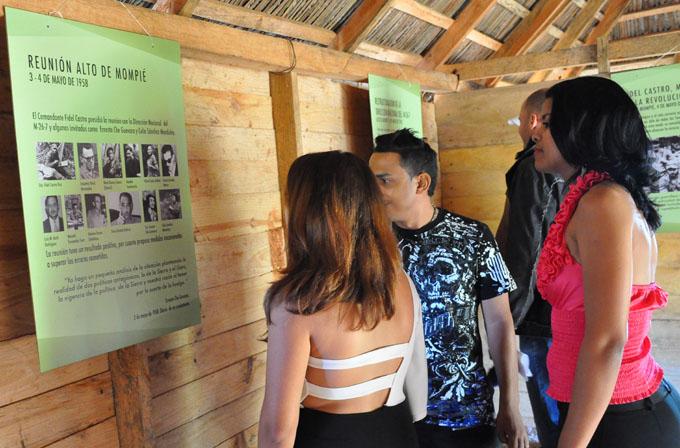 Rememoran histórica reunión de Altos de Mompié (+ fotos)