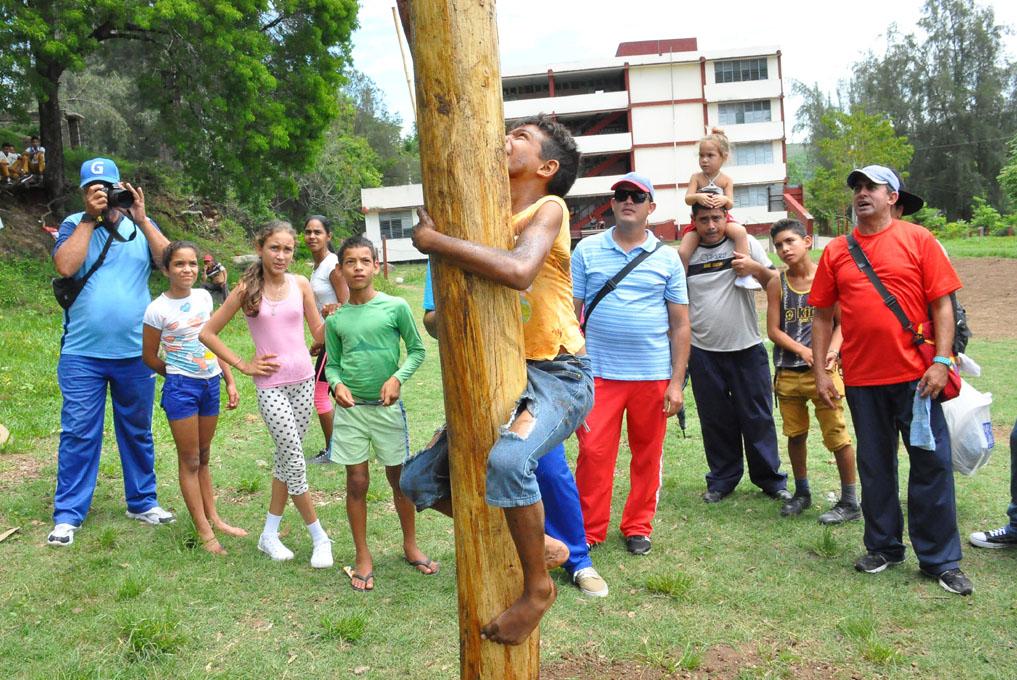 Inician Juegos provinciales de montaña en Granma