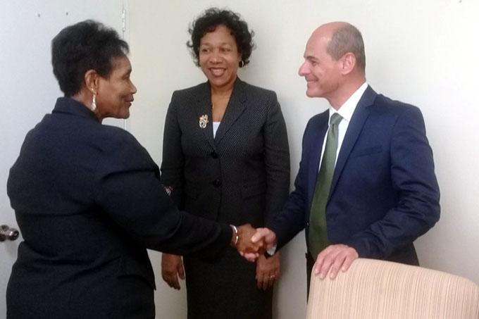 Continúa vicecanciller cubano visita a Jamaica (+ fotos)