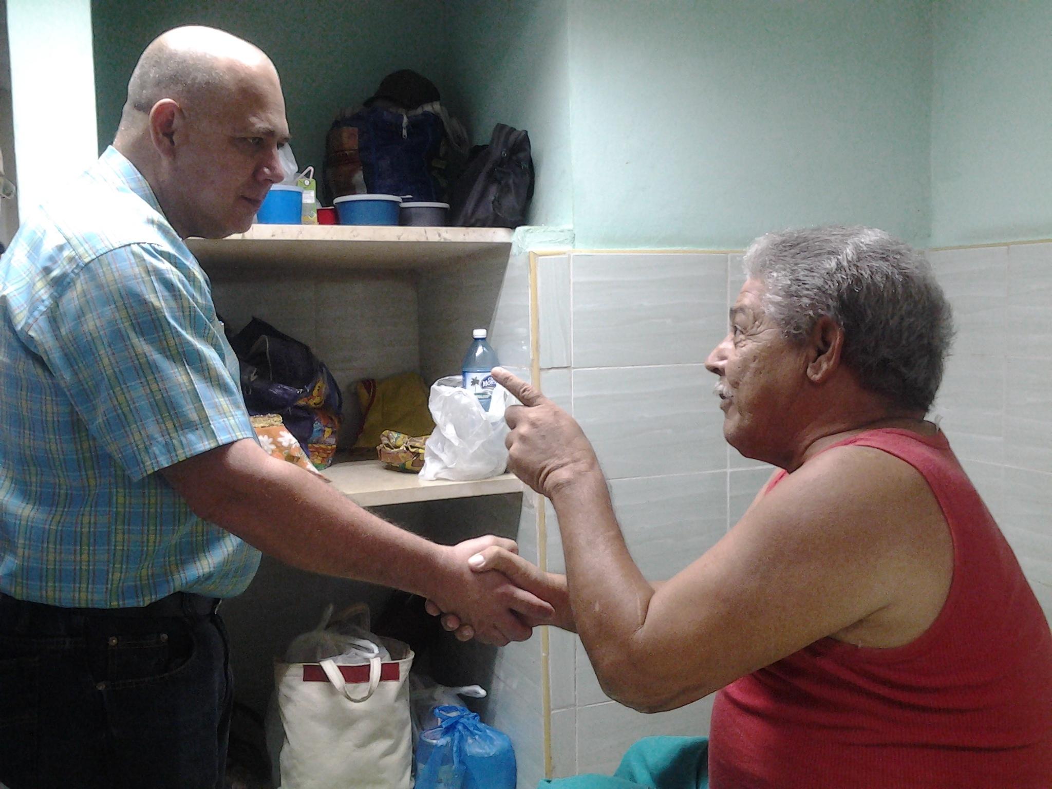 Expresa Ministro confianza en futuros profesionales de la Salud cubana (+ fotos)