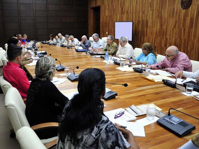 Trabaja a toda marcha comisión del anteproyecto de Constitución