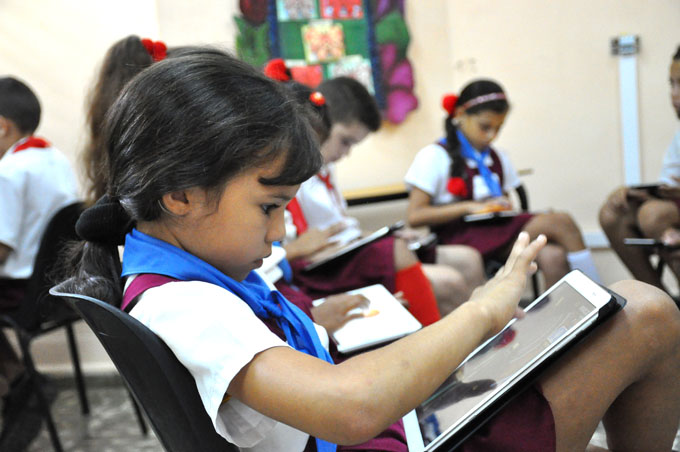 El perfeccionamiento de la educación avanza en Granma