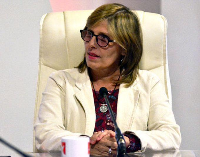 Representante de Cuba sostiene encuentro con directivo en Unesco