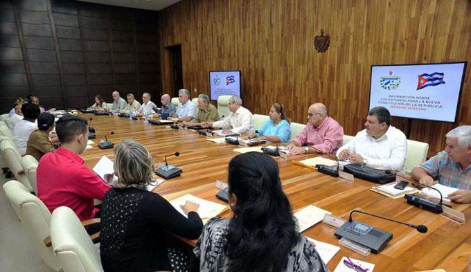 Comenzó trabajo Comisión del Anteproyecto de la Constitución