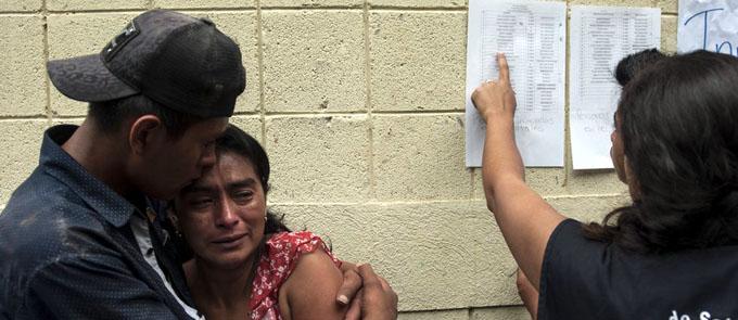 Erupción volcánica deja casi 200 desaparecidos en Guatemala (+ fotos y video)