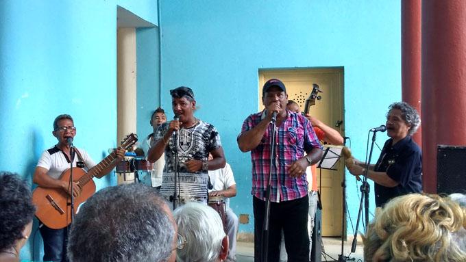 Kanoy, 25 años en defensa de la música tradicional cubana