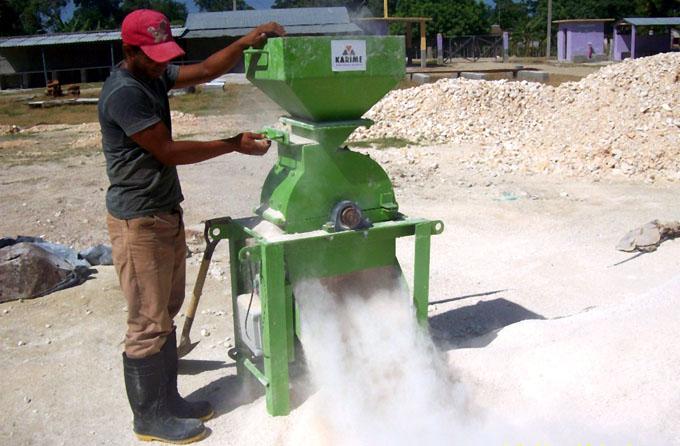 Incrementa productora de materiales sus entregas a los subsidiados
