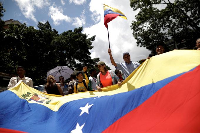 Califican de fracaso resolución contra Venezuela en la OEA