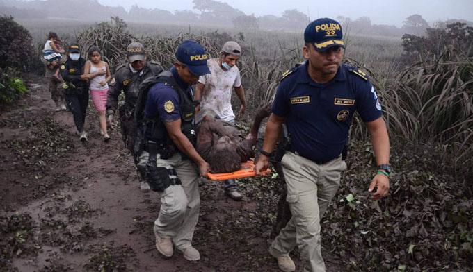 Uruguayos graduados en Cuba dispuestos a cooperar con Guatemala (+ fotos y video)