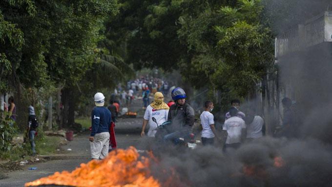 Persisten tranques y bloqueos de vías en Nicaragua
