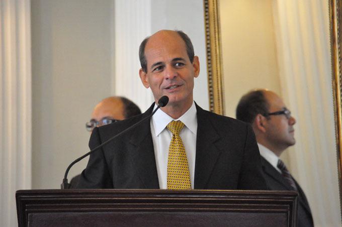 Viceministro cubano viaja a Surinam para fortalecer lazos bilaterales (+ fotos y video)