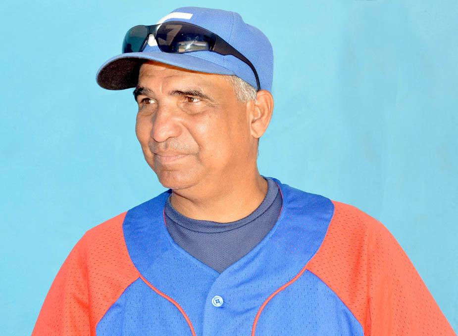 Nominan a técnico granmense director de la selección cubana de béisbol 11-12 años