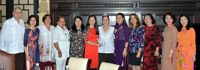 Cuba y Vietnam dialogan en La Habana sobre empoderamiento femenino