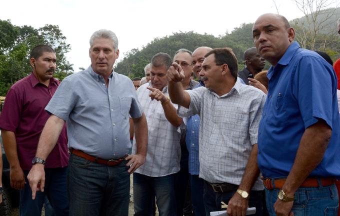 Presidente cubano visita provincia central del país