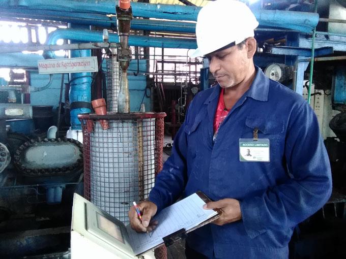 Incrementa Unidad Empresarial de Base Derivados calidad de sus producciones
