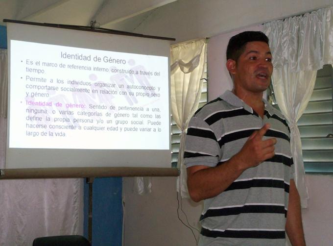 Realizan en Bayamo taller sobre la prevención de la trata de personas