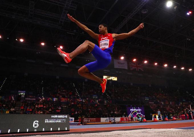 Cubano sensación del atletismo mundial se presenta en Barranquilla