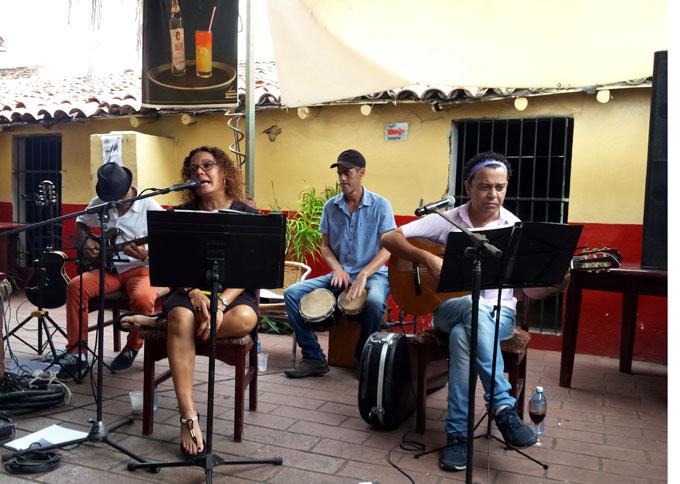 Lynn Milanés, otra vez de la mano de Bayamo (+ fotos y video)