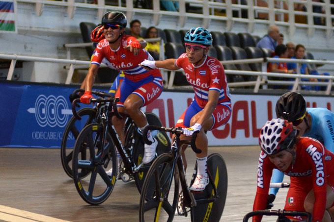 Granmenses encumbran al ciclismo femenino en Barranquilla (+ fotos)