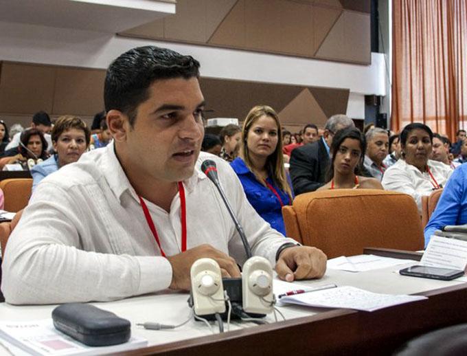 Periodistas cubanos por un modelo de prensa renovado (+ fotos)