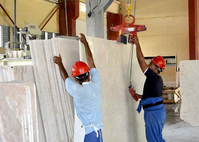 En marcha nueva línea procesadora de mármol (+ fotos)