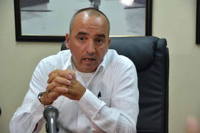 Cubanos en el exterior podrán opinar sobre proyecto constitucional