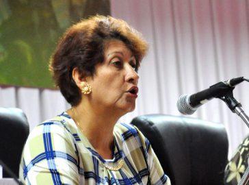 Resalta ministra de Educación papel de los docentes en discusión de proyecto de Constitución (+ audio)