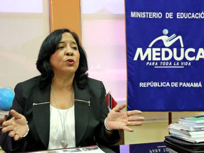 Marcela Paredes renuncia al Meduca, será embajadora de Panamá en Chile