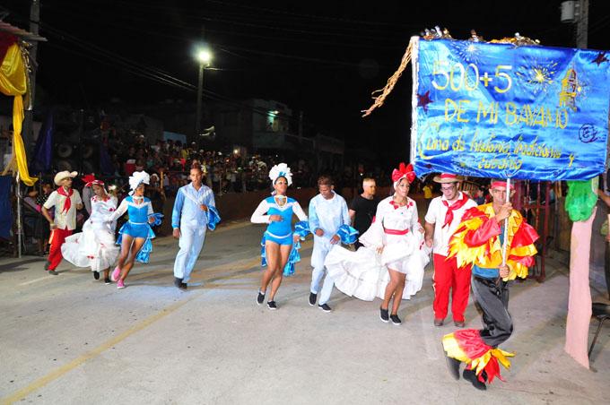 Va por más comparsa Los guaracheros de San Juan El Cristo (+ fotos)