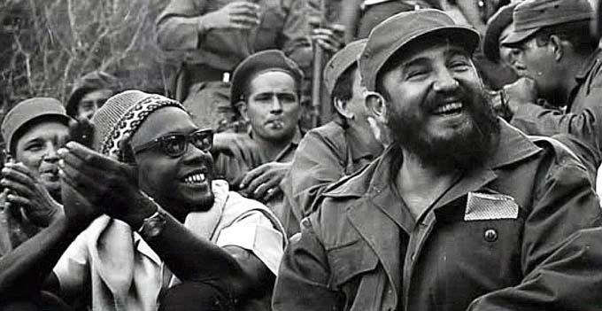 Fidel Castro, un paradigma de humanismo e internacionalismo (+ fotos)