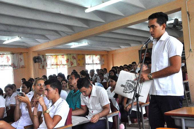 Los estudiantes y el proyecto de Constitución