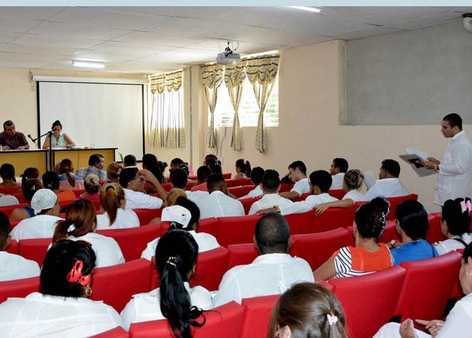 Debate de proyecto constitucional marca semana noticiosa cubana