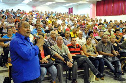"""""""La Revolución cubana se crecerá siempre"""""""