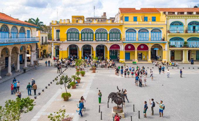 Presidente cubano valora proceso de reanimación de La Habana