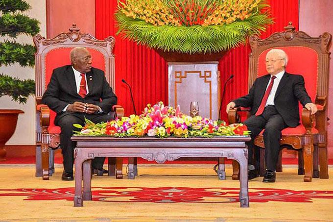 Recibió líder partidista vietnamita a Salvador Valdés Mesa