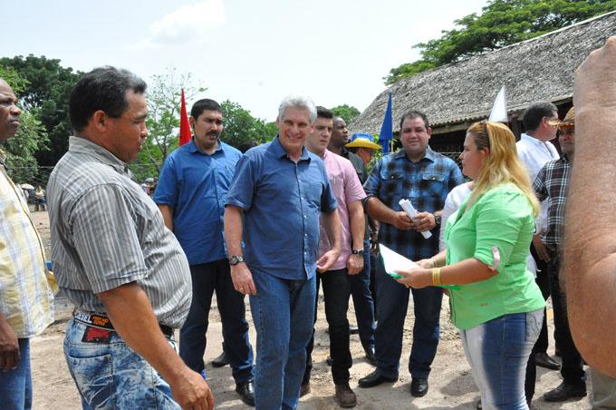 Reconocen a cooperativa agropecuaria VIII Congreso, de Yara