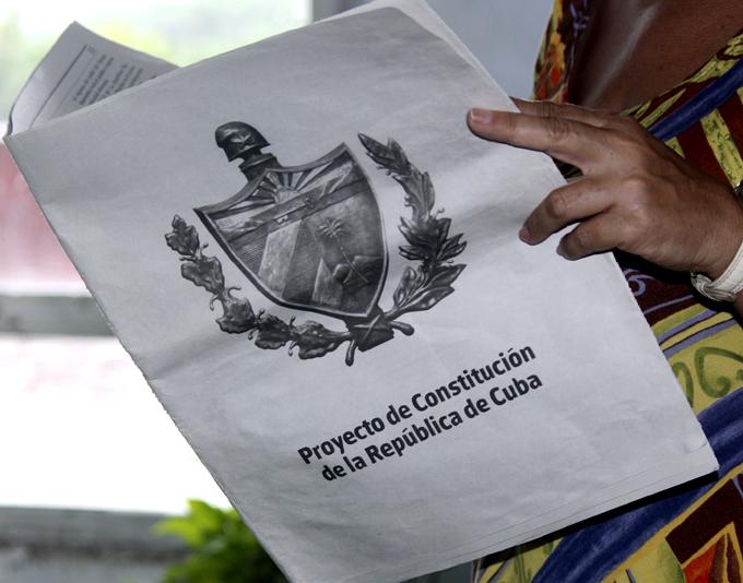Consulta sobre nueva Constitución de Cuba entra en quinta semana