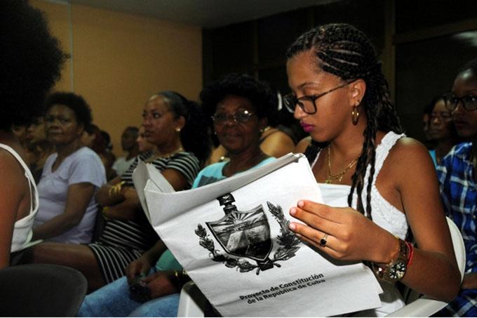 Debate de proyecto constitucional de Cuba entra en su sexta semana