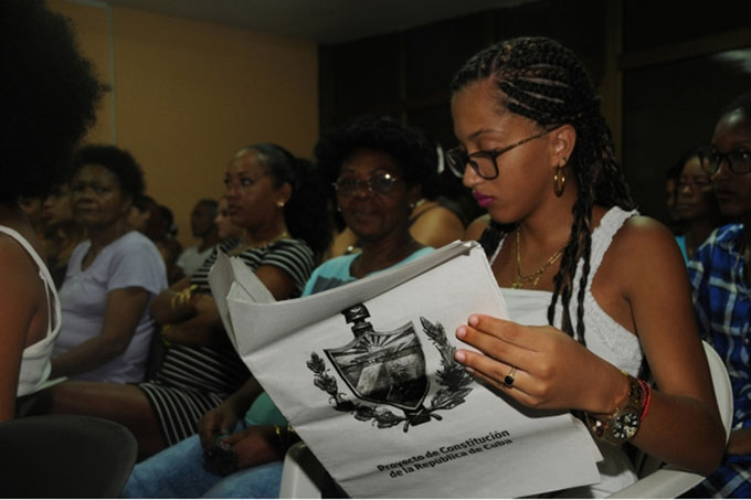 Entra en cuarta semana consulta sobre nueva Constitución de Cuba