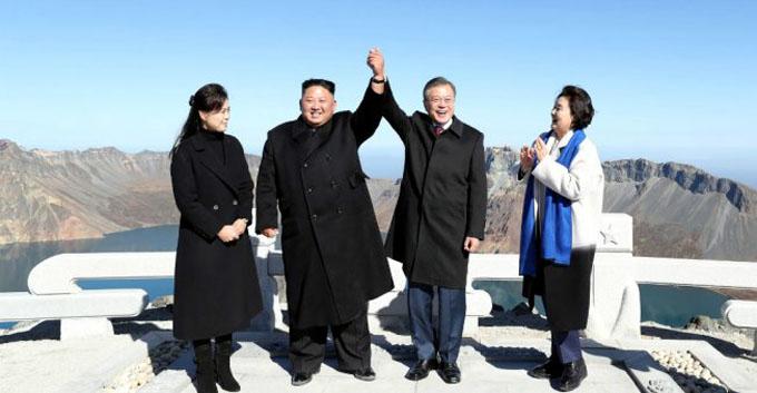 Finalizó Cumbre de Pyongyang con despedida junto al Monte Paektu
